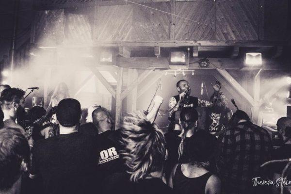 cor-metalmusik-im-la-grange-fette-ente-im-krokoteich-bergen-auf-ruegen